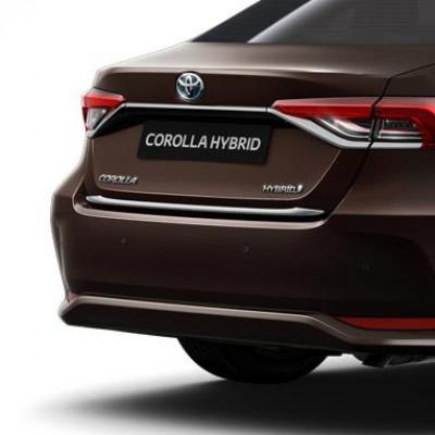Задній хромований молдинг для Corolla